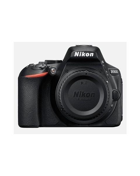 نيكونD5600  كاميرا + بطاقة 16 جيجابايت (VBA500CM)